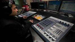 Különleges repülőtéri rádiót indítanak Indiában