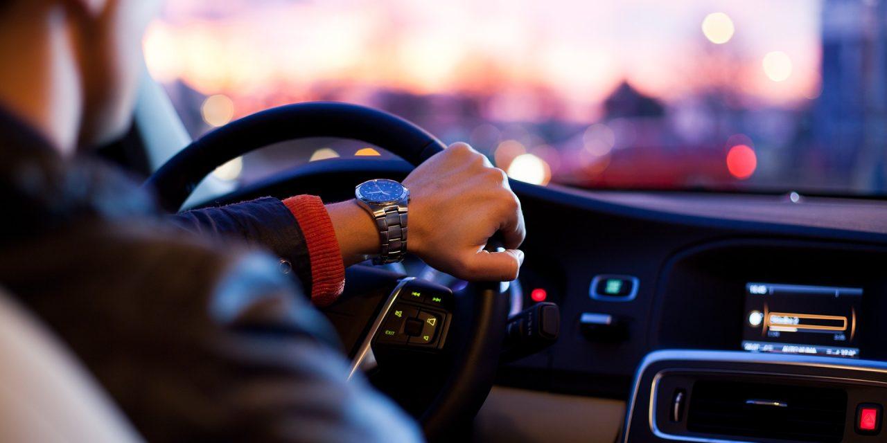 Közlekedési információkban a rádió továbbra is király