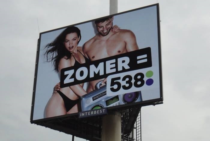 Hollandia: panaszkodnak a 538 hirdetései miatt