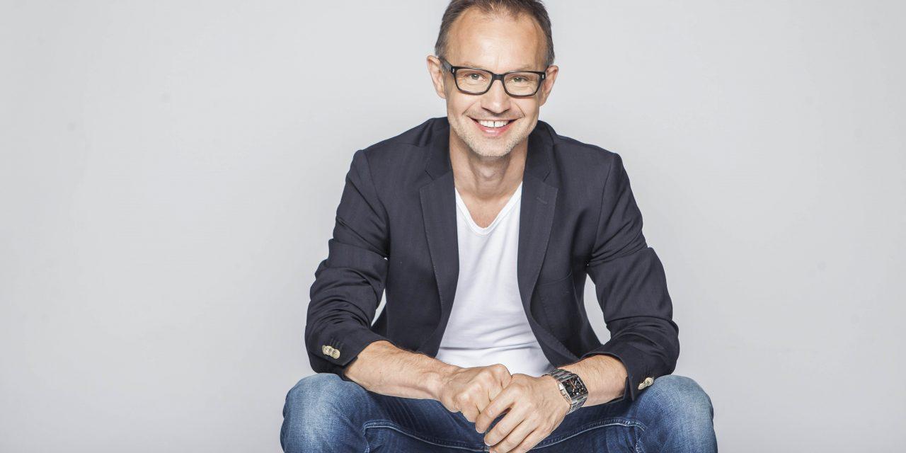 Új műsorvezetővel bővül a Sláger FM csapata