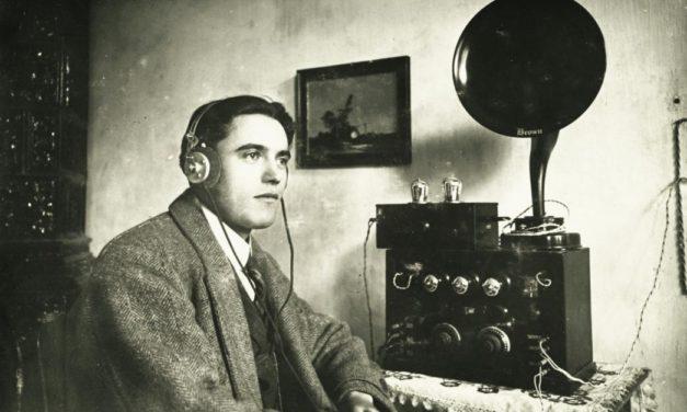 93 éves a magyarországi rádiózás